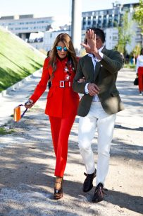 Power pants in shades of red