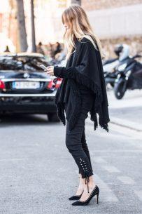 All black – Jennifer Neyt in Paris